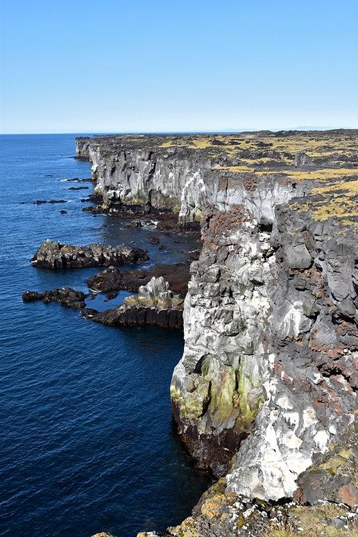 Islande péninsule Snæfellsnes Svörtuloft falaises