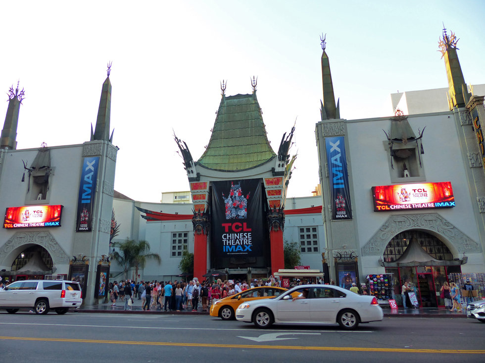 Grauman's Chineese Theate Hollywood Boulevard