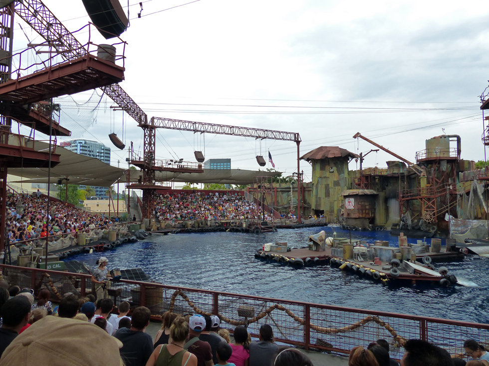 Universal Studios Hollywood Waterworld spectacle