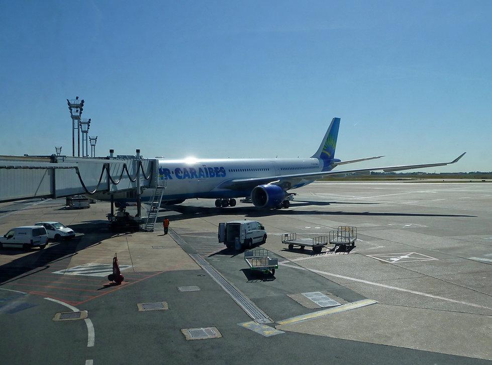 Aeroport ORLY Air Caraïbes A330