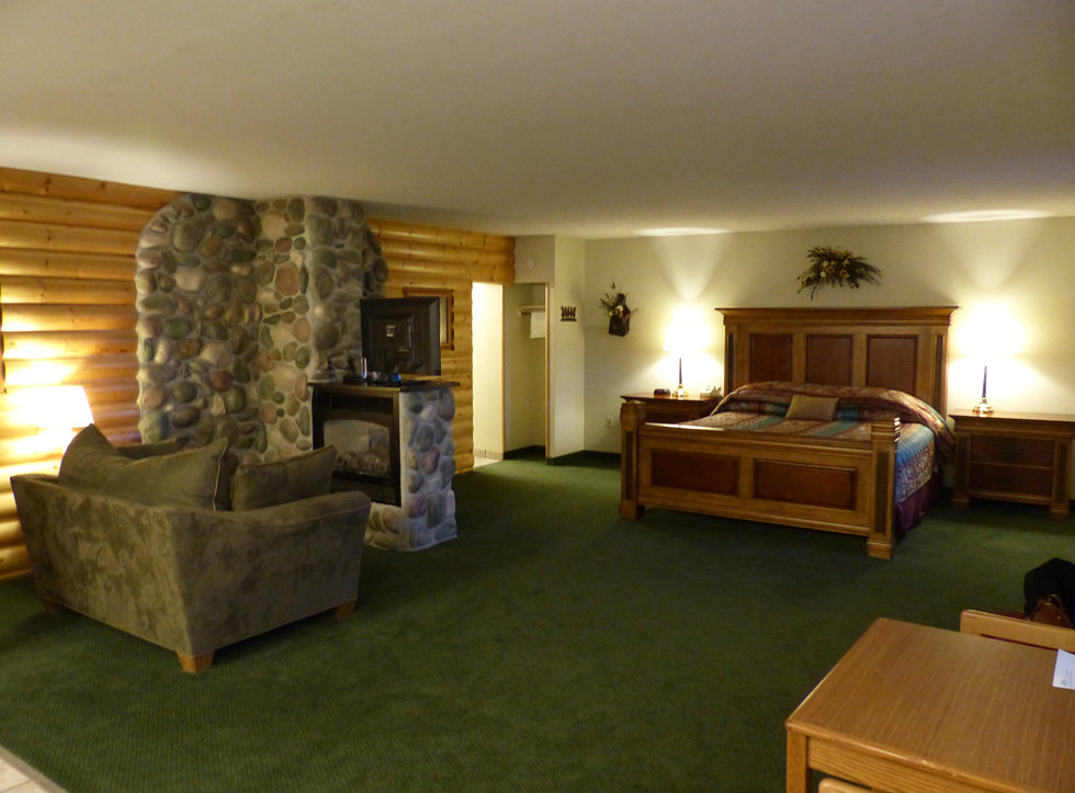 idaho falls motel west suite