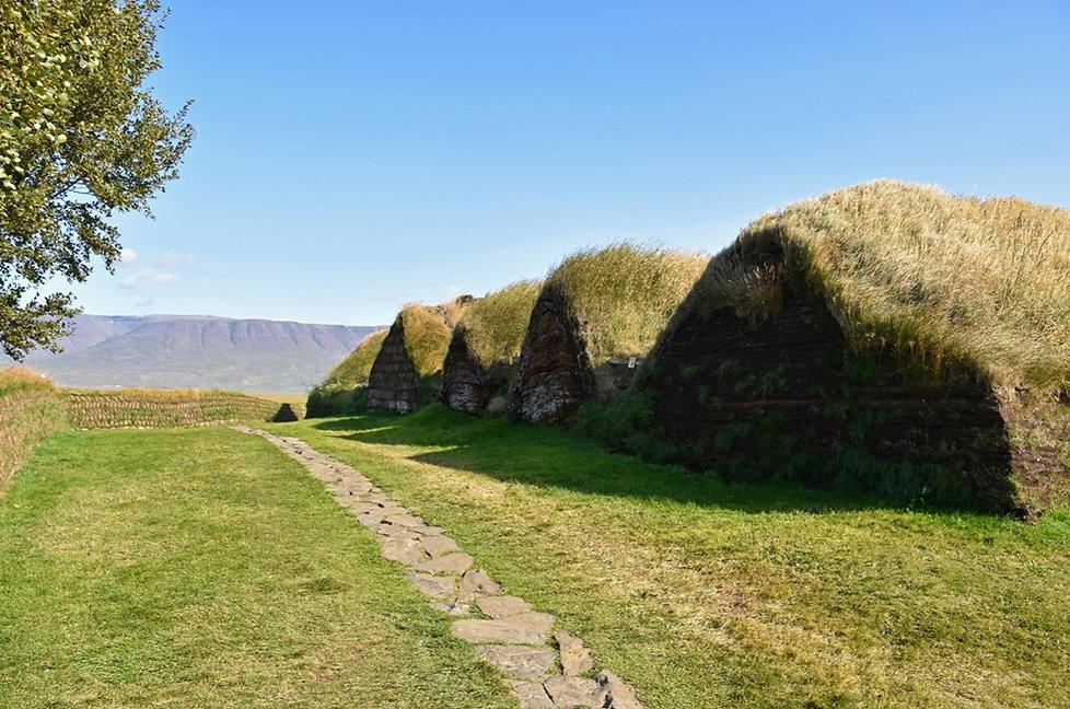 Islande Iceland Myvatn Centrale géothermique Krafla tuyaux vapeur route
