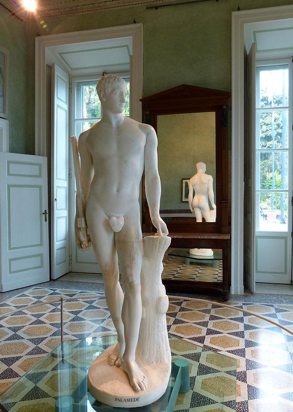 ac de côme villa carlotta statue