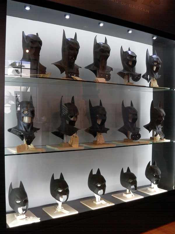 Los Angeles Burbank Warner Bros Studios batman masques