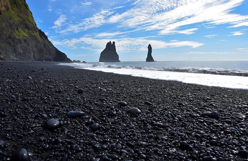 Reynisdrangar Reynisfjara plage sable noir