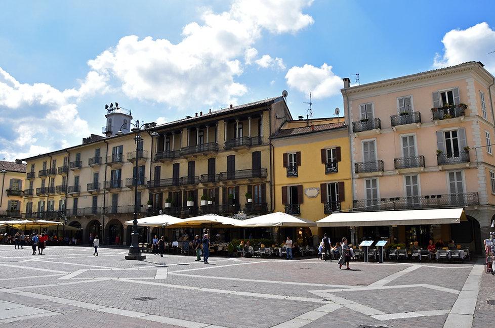 Côme Piazza Verdi