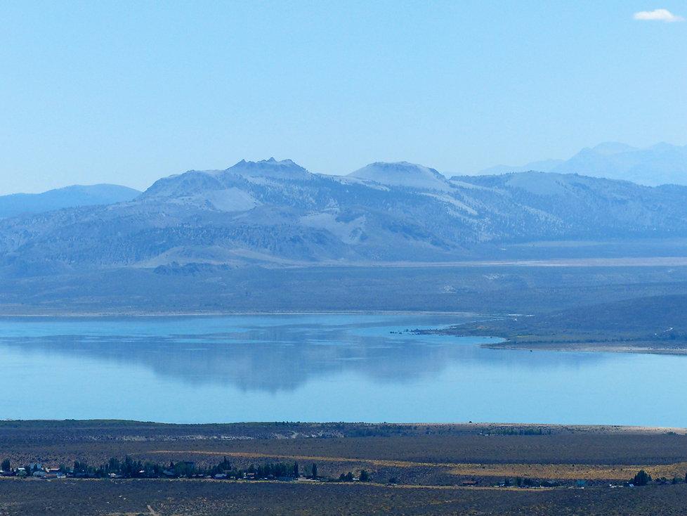 Mono Lake craters tufa