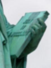 New-York - Statue de la liberté livre