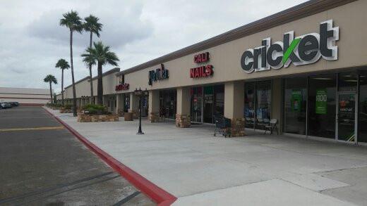 Design of Facade & Pedestrian walkway at North Building, Gate Way Shopping Center, Laredo, Texas