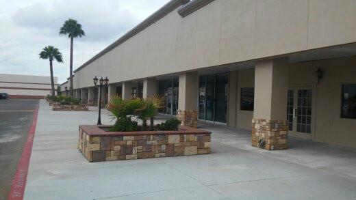 Designs of Facade & pedestrian walkway, at North Building, Gateway Shopping Center, Laredo,Texas