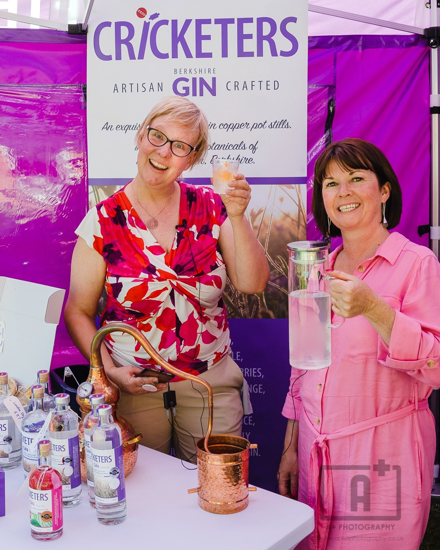 Photographer with gin producer at event in Maidenhead