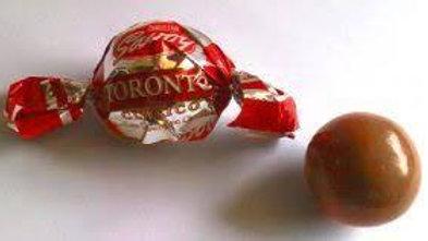 Torontos 10 by 5€ Hazelnut covered in Venezuelan chocolate.