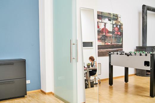 SQ1_office_2200px_06-08-19__DSC1962.jpg
