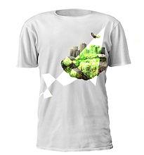 Castle Print T-shirt