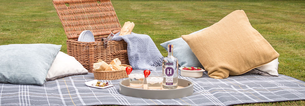 Hussingtree Bumbleberry Dry Gin - Picnic