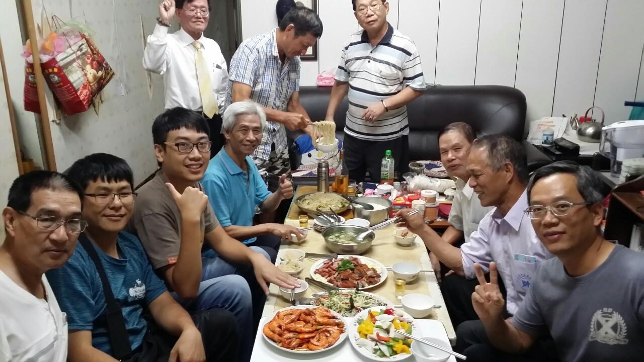 2019106新莊棋會幹部開會下棋會長招待豐盛晚餐_191006_0012