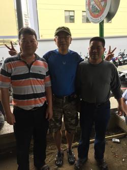 歡迎李明輝、許宏洲兩位大師蒞臨文化局公園指導象棋