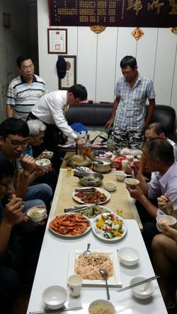 2019106新莊棋會幹部開會下棋會長招待豐盛晚餐_191006_0013