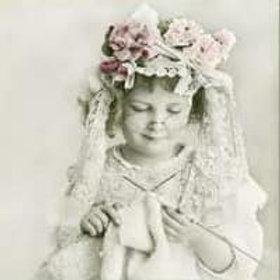 Knitting Girl - Decoupage Napkin