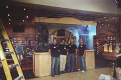 Aquarium Installation Crew
