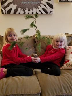 Christmas Charlie Brown Tree w girls