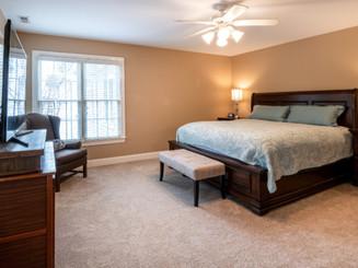 Bedroom%20carpet%20_edited.jpg