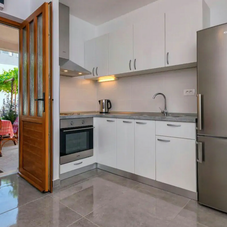 Wonderful Stari Grad Airbnb Rental