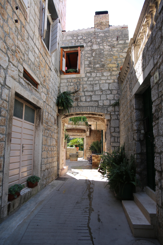 Stari Grad52