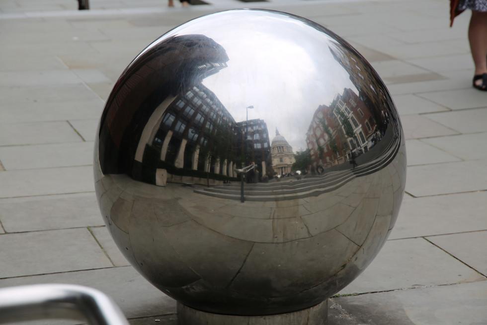 Street Globe