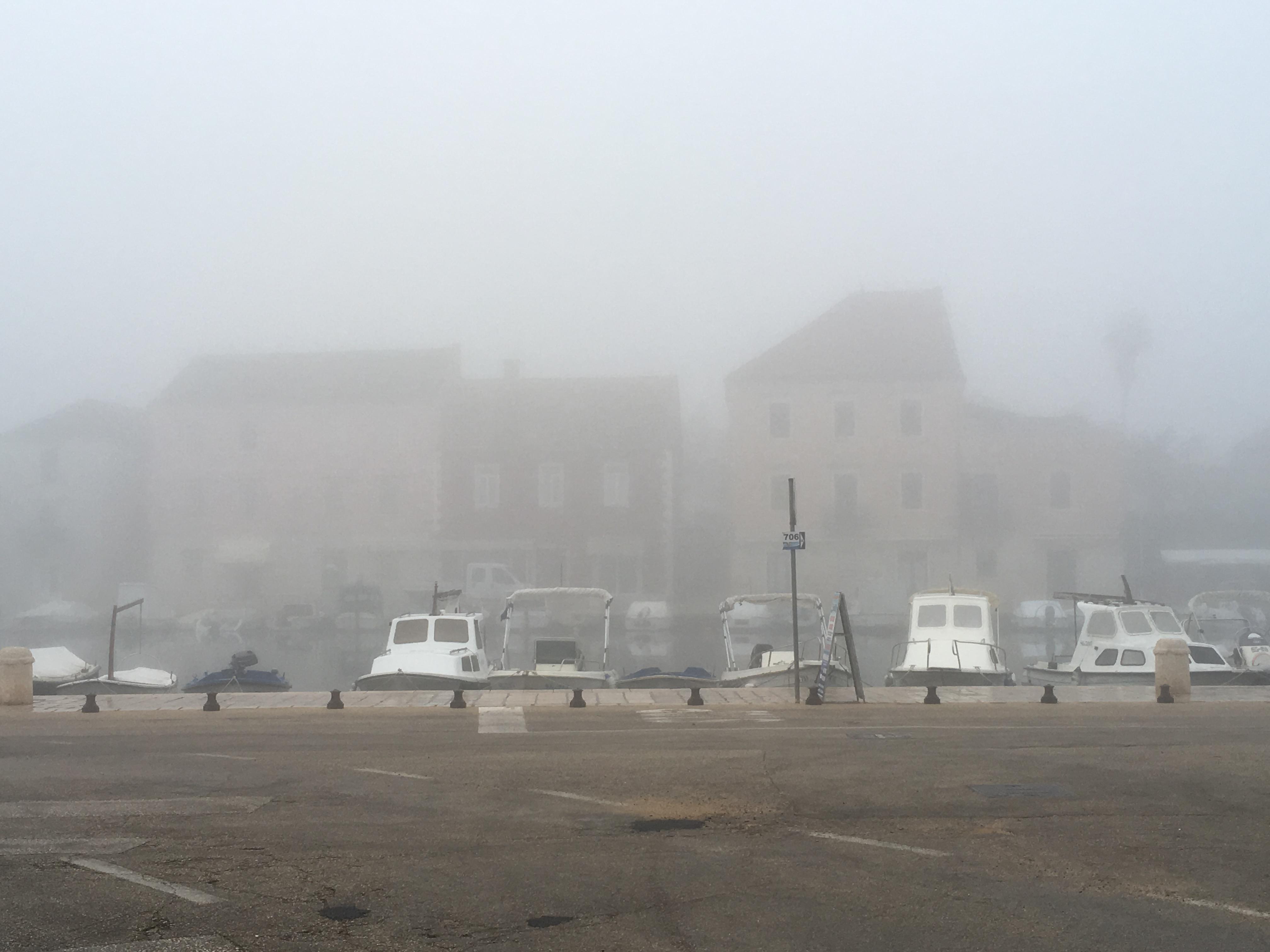 Stari Grad Fog
