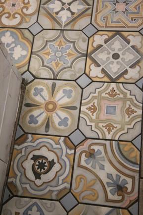 Old Tile Lviv