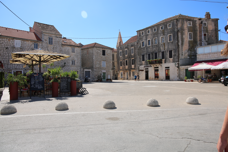 Stari Grad Squares