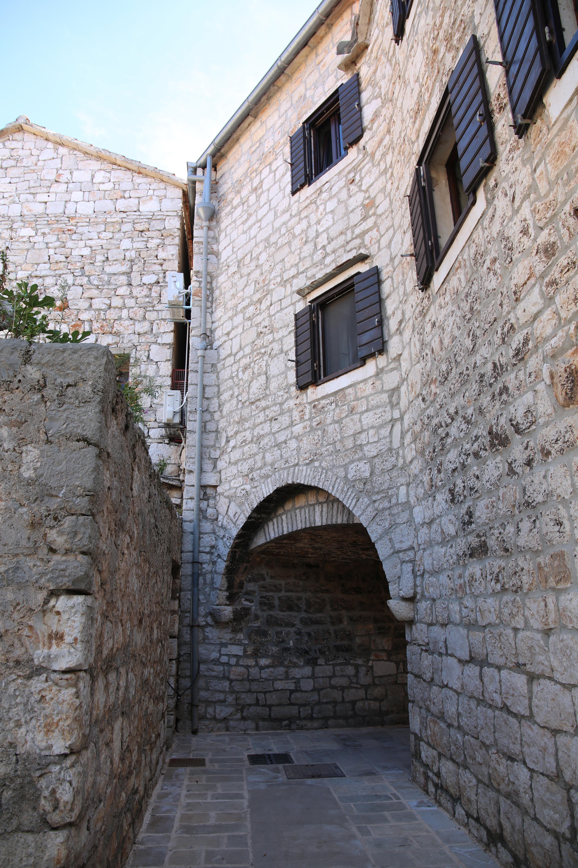 Stari Grad104