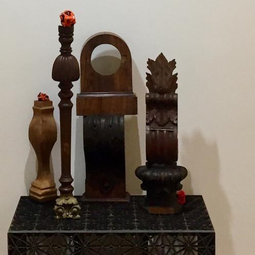 1 small wooden sculptures_E5860.JPG