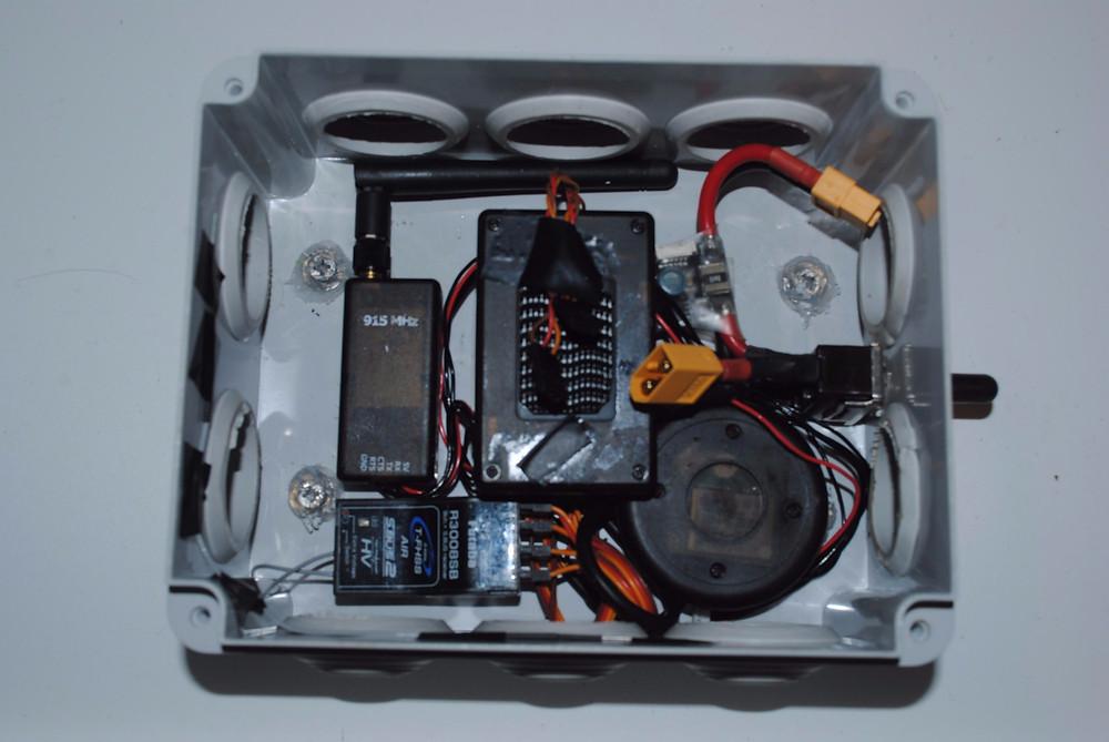 The Arduino pilot in waterproof housing