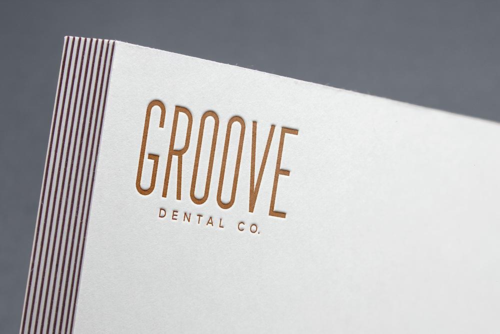 Groove Dental Logo Mock-up
