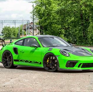Porsche GT3 RS_Front.jpg