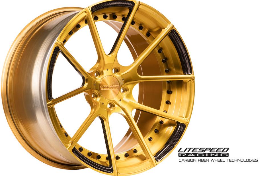 CS5 bruhed gold + carbon1.jpg