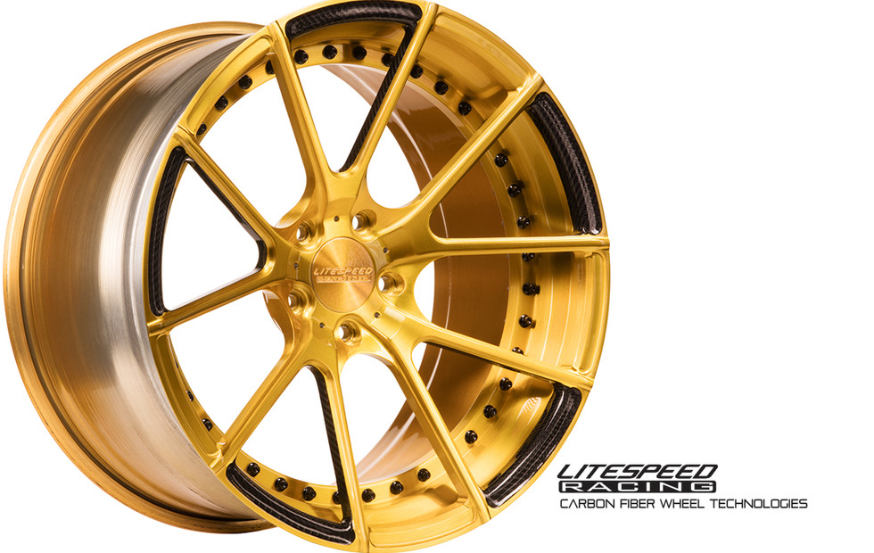 CS5 bruhed gold + carbon1.jpg