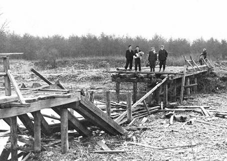 The Bridge at Andau in November 1956.png