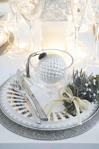 Fabulous Christmas Table Settings