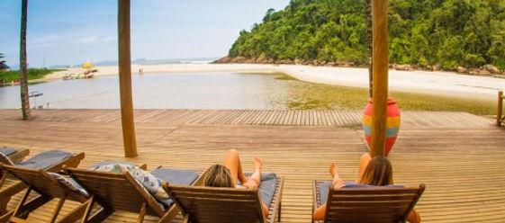 deck-itamambuca-eco-resort