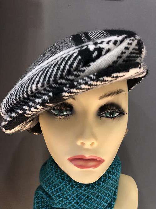 Hanna Hat 8 Piece Cap Black & White Tweed