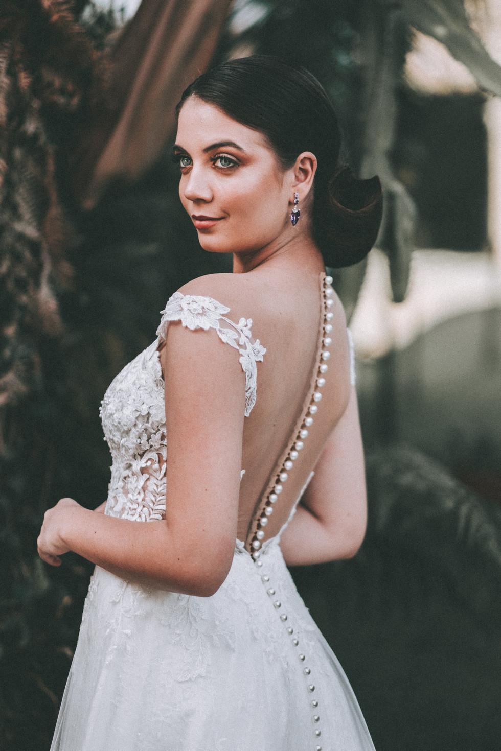 vestido de noiva aberto nas costas