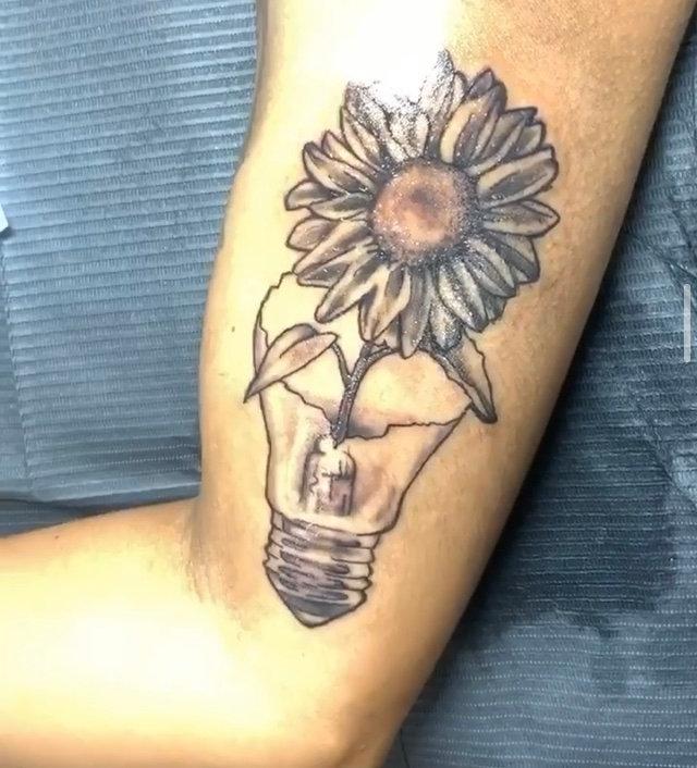 2 Hour Tattoo