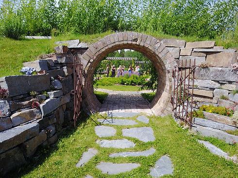 DSR garden.jpg