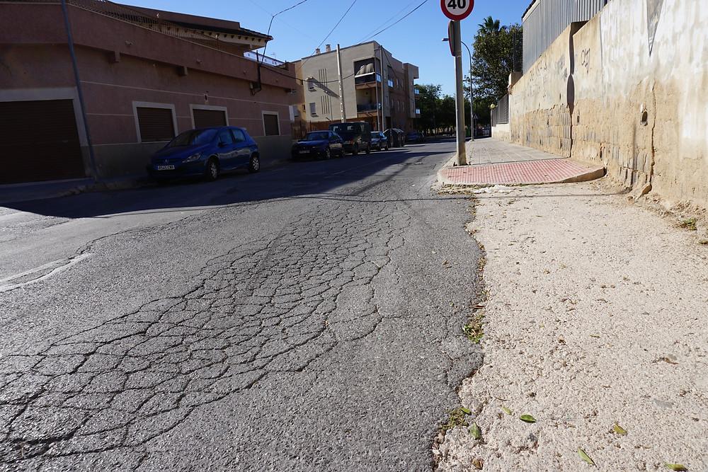 Víctor Ruiz, Rabaloche, Orihuela, PSOE, denuncia, limpieza, suciedad, asfaltado, pavimentos, infraestructuras
