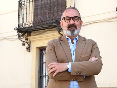 El PSOE vuelve a exigir que se refuerce y amplíe el servicio del padrón municipal