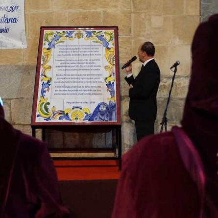 """El mural con el poema """"el nazareno"""" lleva más de un mes en el almacén de la brigada munici"""