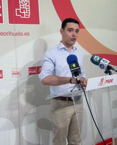 Víctor Ruiz en una rueda de prensa
